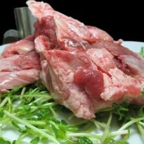 特選台灣產 豬臉頰骨肉(又稱 骨仔肉)